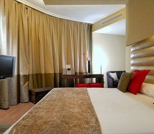 Superior Junior Suite VINCCI CAPITOL  Madrid